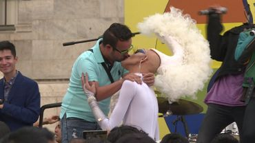 Kissathon géant au Mexique: Pour lutter contre l'homophobie
