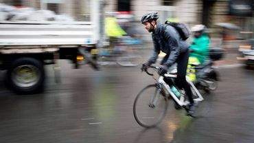A Bruxelles la cohabitation entre cyclistes et automobilistes est parfois tendue