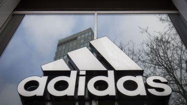 Prime corona chez Adidas : la marque offre jusqu'à 1000 euros de remerciement à tous ses travailleurs