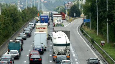 Accident grave sur la E411 à Thorembais-Saint-Trond, en direction de Namur