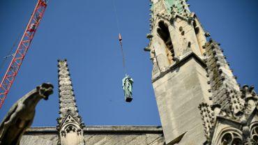 Les statues de Notre-Dame de Paris s'envolent pour être restaurées
