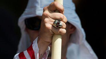 Un membre du Ku Klux Klan lors d'un rassemblement à Charlottesville, en Virginie, le 8 juillet 2017