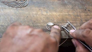Aujourd'hui, environ 170 orfèvres travaillent encore l'argent ou l'or comme le faisaient les Andalous qui ont traversé l'Atlantique.