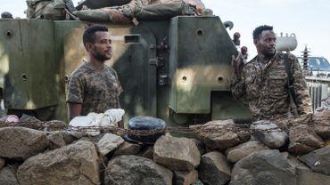 """Des """"tirs à l'arme lourde"""" ont touché samedi Mekele, la capitale de la région dissidente du Tigré (nord) où l'armée éthiopienne mène une opération militaire, ont affirmé les autorités locales, qui y sont retranchées."""