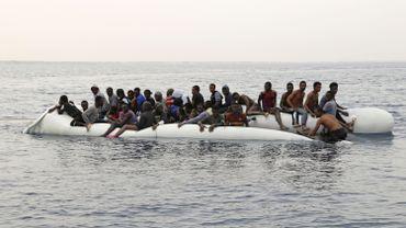 Libye: près de 300 migrants secourus en mer