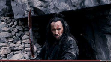 """Dans """"Outcast"""", Nicolas Cage joue un ancien croisé en Chine qui tente de racheter ses fautes en aidant les deux enfants de l'empereur déchu à retrouver leur titre"""