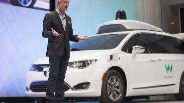 John Krafcik, le PDG de Waymo lors d'une conférence de presse au salon de l'automobile de Detroit, le 8 janvier 2017