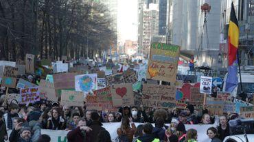 Nouvelle mobilisation #youth4climate à Bruxelles, les étudiants du supérieur viennent en renfort