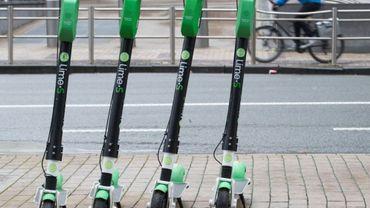 En février dernier, la commune de Saint-Josse décide de sévir face à aux trottinettes et vélos partagés qui encombrent ses trottoirs étroits (illustration).