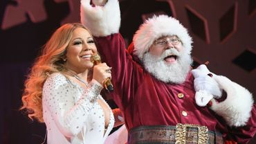 """Mariah Carey bat un record de streaming sur Spotify avec """"All I Want For Christmas Is You"""""""