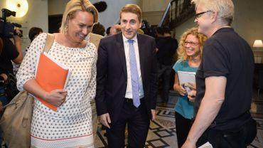 """Céline Frémault appelle à une majorité alternative: """"Toute réaction serait prématurée"""" pour Olivier Maingain"""