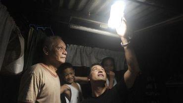 Bouteille solaire dans un bidonville