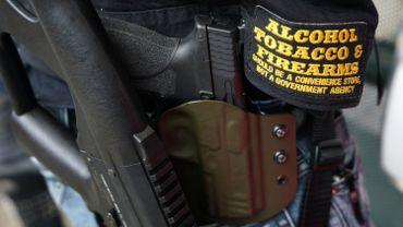 """Le Canada étudie la """"possibilité"""" d'interdire les armes d'assaut et de poing"""