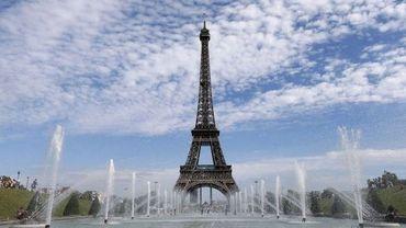 La Tour Eiffel et les fontaines du Trocadero
