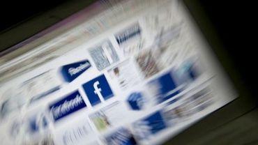 Des logos de Facebook