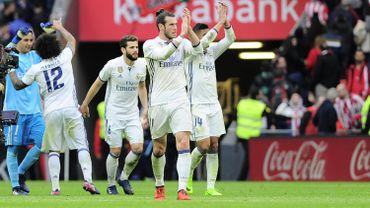Le Real poursuit la route en tête, Benzema à l'aise à Bilbao