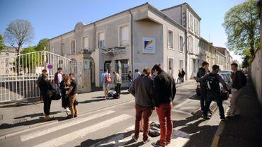 Viol dans un lycée français: le recueil d'ADN achevé sans aucun refus