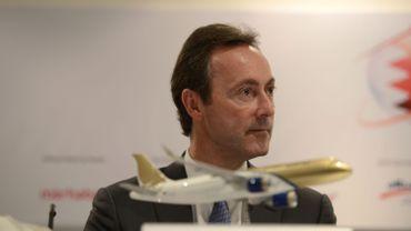 Le Président et CEO d'Airbus, Fabrice Bregier, devant la maquette d'un Airbus A320neo.