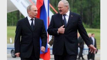 Vladimir Poutine et Alexandre Loukachenko le 31 mai 2012 à Minsk au Bélarus