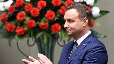 Pologne: la loi controversée sur les médias publics a été promulguée