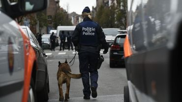 Deux présumés terroristes ont été inculpés pour participation à un attentat terroriste et participation aux activités d'un groupe terroriste.