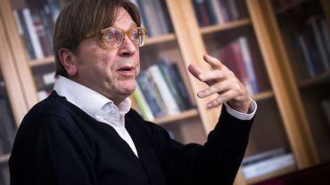 """Pour Guy Verhofstadt, """"un Brexit dur est désormais presque inévitable"""""""