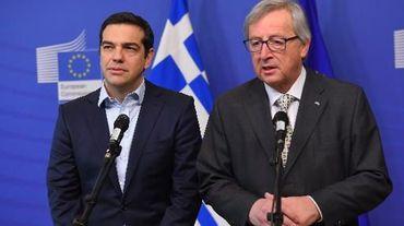 Le président de la Commission européenne, Jean-Claude Juncker, au côté du minsitres des Fiannces grec Alexis Tsipras, le 13 mars 2015 à Bruxelles