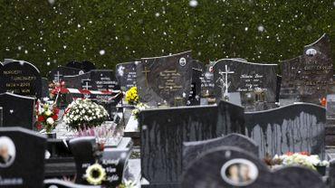 La cellule des personnes disparues veut exhumer 135 corps pour les identifier