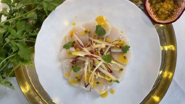 Carpaccio de St Jacques, salade de chicons et agrumes