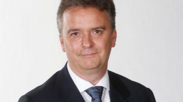 """André Hebbelinck a le droit de rester en Espagne mais l'état ne le considère plus comme """"agent diplomatique"""""""