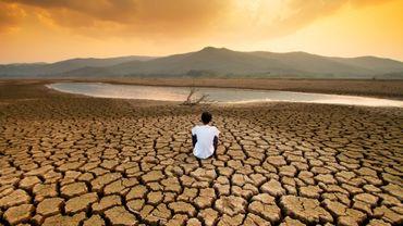 """Climat : vers un réchauffement """"catastrophique"""", alerte l'ONU."""