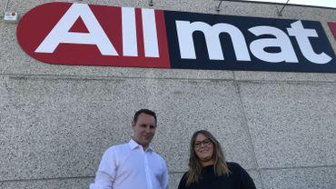 Allmat, la nouvelle marque des 13 enseignes qui ont quitté la coopérative Bigmat. A leur tête, Arnaud et Amélie Body. Ils ont repris l'entreprise familiale depuis deux ans et veulent créer à terme le mini-Amazon pour les matériaux de construction de qualité
