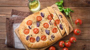 Fougasse aux légumes de saison (recette facile et savoureuse)