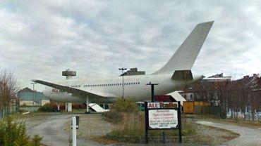 Le bar-avion victime des voleurs de métaux à Gilly