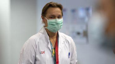"""Coronavirus : """"Il est trop tôt pour établir une liste de priorités pour les vaccins"""", selon Erika Vlieghe)"""