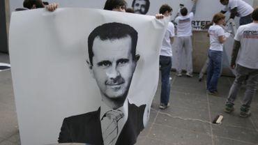 """""""Nous condamnons dans les termes les plus forts le mépris du régime du président syrien Bachar al-Assad pour les normes internationales,"""" a déclaré le porte-parole de la Maison Blanche."""