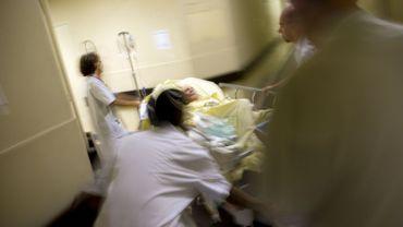 Coronavirus : des hôtels et des maisons de repos envisagés pour soulager les hôpitaux