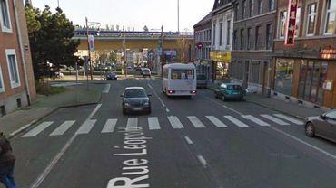 L'accident est survenu peu après 08h00, rue Léopold à Dison, à proximité de l'entrée de l'autoroute.
