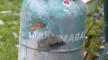 Le forcené s'est barricadé chez lui avec des bonbonnes de gaz