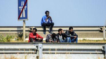"""La directive """"permis unique"""" date déjà de 2011. Son objectif: faciliter la migration légales en instaurant des procédures simplifiées pour que les travailleurs venant de l'extérieur de l'Union européenne obtiennent un permis de séjour et de travail."""