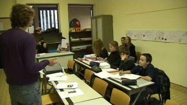 Un vaste débat s'est ouvert sur la place du cours de religion dans l'école.