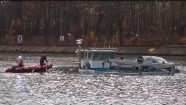 Deux bateaux sont entrés en collision sur le Canal Albert