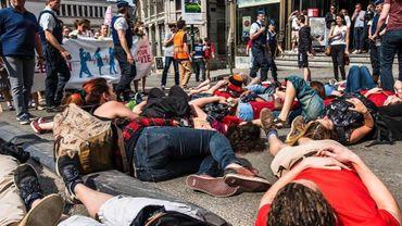 En avril dernier, des défenseurs au droit à l'avortement ont organisé une contre-manifestation dans les rues de Bruxelles. Cette contre-manifestation avait été réprimée par la police.