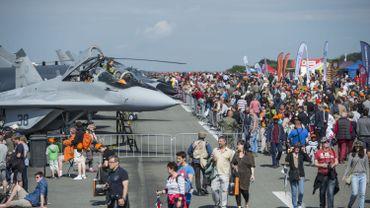 Les candidats en lice pour le remplaçant du F16 sponsors de la journée de la Défense, polémique