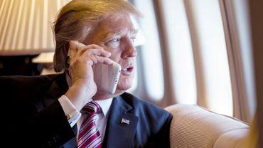 Donald Trump aurait bien du mal à se séparer de ses deux iPhone