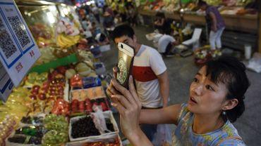 Les Chinois paient de plus en plus avec leur téléphone portable