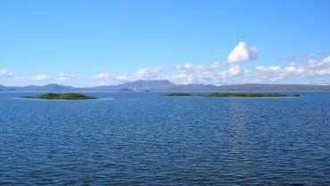 C'est au sud de ce lac que le kayakiste belge aurait disparu