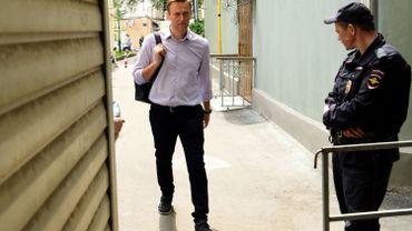 Alexeï Navalny, qui a fêté son 42e anniversaire lors de ce nouveau passage en prison, avait été condamné le 15 juin pour avoir organisé une manifestation deux jours avant l'investiture de Vladimir Poutine à un quatrième mandat présidentiel, et pour avoir désobéi aux forces de l'ordre.