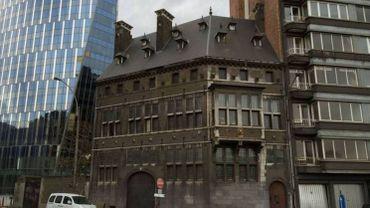 La maison Rigo, c'est cet hôtel particulier de style néo-mosan à côté de la tour des Finances, à Liège.