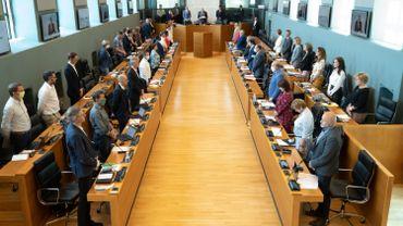 Coronavirus: à mi-parcours, la commission spéciale du parlement wallon progresse lentement